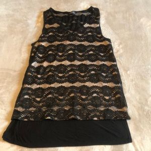 Lace black and tan top